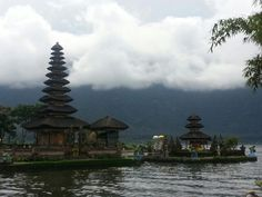 Bedugul temple is one of the public temple in Bali it is licated at candi Kuning village and regency of tabanan. This dedicated to wisnu god or god of water. about 50 km from denpasar city And the pisition of the lake is on the head of the lake so that why this is call Ulundanu Beratan Temple Ulu mean Head and Danu mean Lake. There are many people visit this everyday to see the beautiful panoramic Www.balivacationdriver.com
