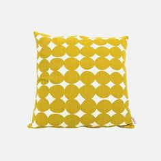 Pillow Cover Pebble Brazil Pebble pillow cover by Skinny laMinx is a fun bold and bright design which is great for bringing some Skinny laMinx style to your home. The post Pillow Cover Pebble Brazil appeared first on Wohnaccessoires.