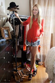 Tour Style Blogger Shea Maries Sunny California Apartment