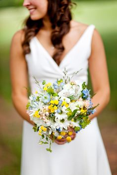 wedding bouquets with daisies - Google Search