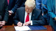 univerreader: Decreto de Trump versión 2.0.