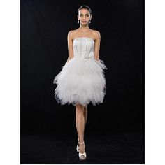 A-line/Princess Strapless Knee-length Satin And Tulle Cocktail Dress