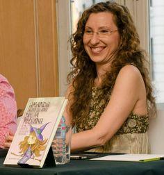 Olga Albaladejo en la Presentación de Amanda: Diario de una bruja moderna (Secretos de felicidad cotidiana) en la Casa del Libro de Gran Vía en Madrid #secretosdefelicidadcotidiana