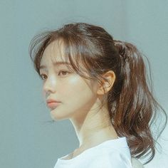 Medium Hair Styles, Short Hair Styles, Soft Grunge Hair, Japonese Girl, Photographie Portrait Inspiration, Hair Arrange, Ulzzang Girl, Ulzzang Short Hair, Girl Face