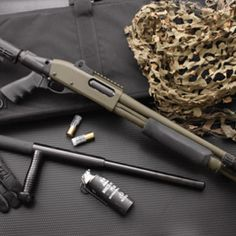 Remington 870 shotgun love. Find our speedloader now!  http://www.amazon.com/shops/raeind