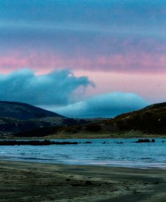 The Clouds Were Like a Blanket by stewartbaird on Flickr.