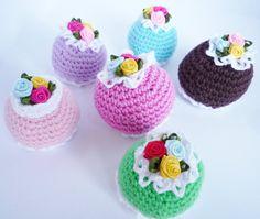 Amigurumi cupcakes, crochet cupcakes