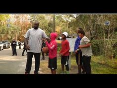 Florida Officer Surprise Kids By Bringing Shaq Along To Play With Them!
