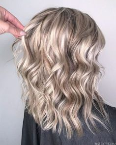 Pretty Blonde Hair Color with ... Cute Hairstyles, Dyed Hair, Hair Beauty, Long Hair Styles, Makeup, Your Hair, Beautiful, Hair, Make Up