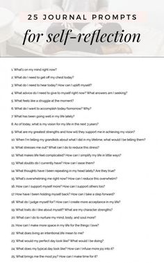 If you're just getting started on a journey in self-reflection, take a look at these free 25 journal prompts to get the wheels spinning. journaling prompts 21 Motivating Journal Prompts to Find Clarity When You're Feeling Stuck — Om & The City Journaling, Journal Questions, Journal Writing Prompts, Gratitude Journal Prompts, Bullet Journal Prompts, Writing Challenge, Art Journal Challenge, Feeling Stuck, Write It Down
