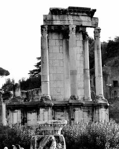 Untitled document when in rome pinterest roman forum site roman forum temple of vesta built in unknown old kingdom era probably 7th fandeluxe Image collections
