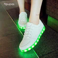 Reasonable Colorful Led Lights Light Luminous Fluorescent Shoes Couple Pure White Korean Version Of The Wave Of Men And Women Shoes Usb Rec Men's Shoes