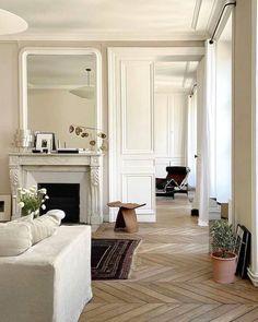 Dream Home Design, Home Interior Design, House Design, Sala Vintage, Cosy Decor, Fireplace Design, Home Hacks, Interiores Design, Decoration