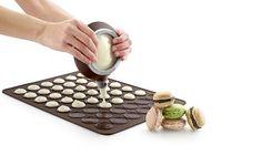 1.Damit kannst du dir leckere Macarons machen...