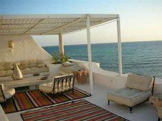 terrace in Tunisia / la Tunisie