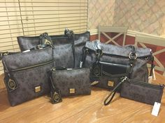 NWT DISNEY DOONEY AND BOURKE HAUNTED MANSION LOT OF 5-TOTE,WRISTLET,SMITH ,CB,LC
