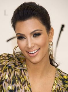 Top 20 Kim Kardashian Makeup Looks