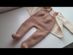 Baby Barn, Baby Knitting, Knit Crochet, Onesies, Rompers, Fashion, Knitted Baby Clothes, Baby Things, Crochet Baby Clothes