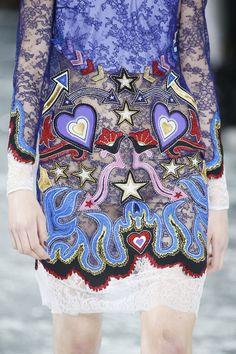 Mary Katrantzou Fall 2016 Ready-to-Wear Fashion Show Details