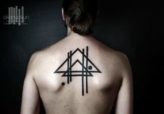 anuckun #tattoos #tattoo #minimal #art #earth #moon #geometric #turkey #turkiye #d övme #geometrik #istanbul #kad ıköy #okan #uckun #okanuckun #sacred #geometry #dövme