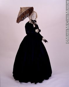 Dress  About 1840, 19th century  141.5 cm  Gift of Mrs. A. E. Washer and Mrs. A. G. Racey  M22112  © McCord Museum