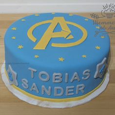 superhelter kake Birthday Cake, Desserts, Food, Instagram, Birthday Cakes, Postres, Deserts, Hoods, Meals