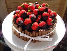 Kakkutiikeri: Mansikka-suklaakakku