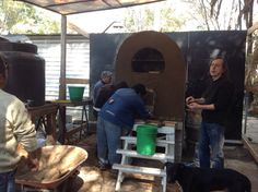 Con el Chajá, aprendiendo a hacer un horno chileno en el Huerto Roma Verde
