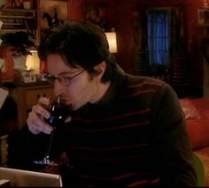 Harry & a wine glass. No handle, does this count, Rita?