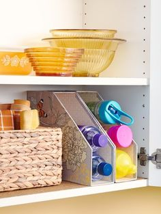 Utilize every inch of cabinetry space with these genius food storage container hacks that will keep your supplies organized and easy to access. You'll learn how to organize your kitchen cabinets quickly and inexpensively. Diy Organisation, Kitchen Cupboard Organization, Diy Kitchen Storage, Kitchen Cupboards, Kitchen Hacks, Kitchen Ideas, Organized Kitchen, Storage Organization, Organizing Ideas