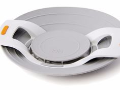 Boily - the lid which prevents your pans from boiling over. With built-in strainer