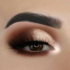 20 Flawless Eye Makeup Ideas For Teen Style - Make up! 20 Flawless Eye Makeup Ideas For Teen Style - Make up! Hazel Eye Makeup, Simple Eye Makeup, Makeup For Brown Eyes, Smokey Eye Makeup, Eyeshadow Makeup, Natural Makeup, Smoky Eye, Natural Eyes, Eyebrow Makeup
