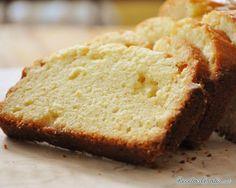 Aprende a preparar queque tradicional con esta rica y fácil receta.  La receta de queque fácil que te propones en RecetasGratis.net es una de las más sencillas de...