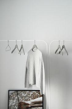 a minimalist wardrob