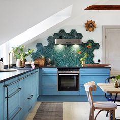 The beautiful kitchen of Swedish designer & interior stylist Isabelle McAllister & her family | Photo by Martin Cederblad for Finnish Puustelli Miinus kitchen Follow Style and Create at Instagram |...
