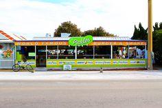 Tips for Planning a Weekend Getaway in Seaside, Florida #Florida #Travel #30A via Kevin & Amanda
