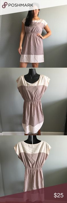 🆕 Soprano Tan Colorblock Dress S Brand new with tags. 🐶 Comes from a smoke-free, but not pet-free home. ➡️ Offers welcomed. 🚫 No trades. No holds. 📦 Fast shipping! 👰🏻 Saving up for my wedding, so considering all reasonable offers! Soprano Dresses Midi