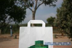 bolsas de papel con asa plana exterior www.bolsapubli.net