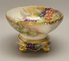 LIMOGES-PORCELAIN-CENTERPIECE-BOWL-WITH-STAND-With-hand-painted-grap-Lot-349B