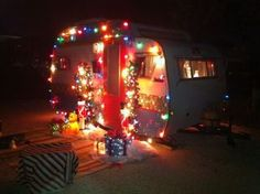 Holiday Tour of Vintage Trailers