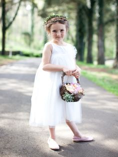 Fête Weddings   Wedding Planning VA   Fête Faves   Marta Locklear Photography   Flower girl
