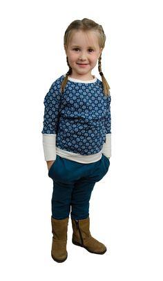 Design: Blümchen rauchblau/weiß Pocket, Hoodies, Sweaters, Pants, Design, Fashion, Blue, Trouser Pants, Moda