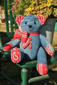 Memory Bear by Carolyn's Bears in Minnesota