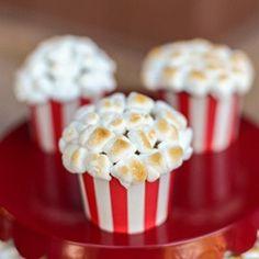 OH how CUTE?!?!  Popcorn Cupcakes!  via tikkido @Apryl Bradford Bradford Bradford Bradford Stafford Square