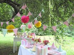My favorite coloring book growing up was the gingham girls.  This party theme takes me back...will have to use this one day.