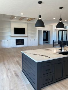 Kitchen Redo, Home Decor Kitchen, Home Kitchens, Kitchen Remodel, Kitchen Design, Dream Home Design, House Design, Dream House Plans, Home Living Room