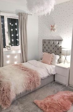 70 Basic Facts Of Bedroom Ideas For Teen Girl Dream Rooms 21 - onlyhomely Teen Bedroom Designs, Bedroom Decor For Teen Girls, Room Ideas Bedroom, Modern Bedroom Design, Small Room Bedroom, Home Decor Bedroom, Master Bedroom, Small Rooms, Twin Girl Bedrooms