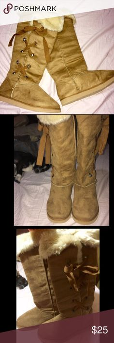 ❤️NWT.  Size 8 Lace Up COMFY Boots Super COMFY & COZY Size 8 Side Lace up which can be folded over to Show PLUSH INSIDE Or Kept Tall For a Different Look. THESE are a GREAT DEAL! Shoes Lace Up Boots