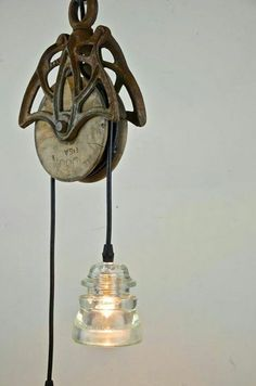Hancrafted Pendant with Reclaimed Barn Pulley & Glass Insulator Lights Industrial Interior Design, Industrial Interiors, Industrial Furniture, Vintage Industrial, Industrial Lamps, Interior Modern, Insulator Lights, Glass Insulators, Rustic Lighting