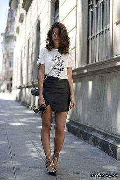 Уличная мода. Классические футболки / футболка с классической юбкой
